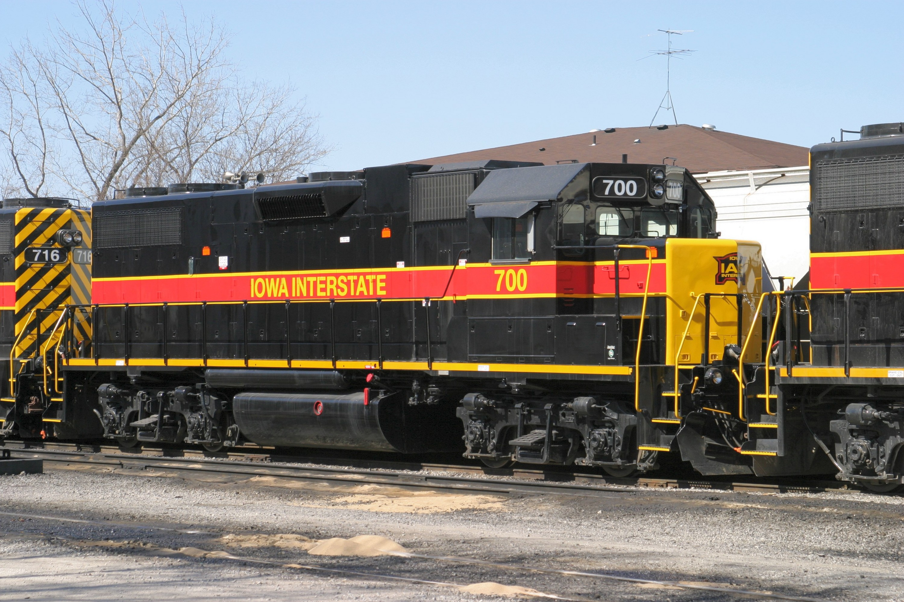 IAIS 700 at Iowa City, IA on 18-Mar-2005