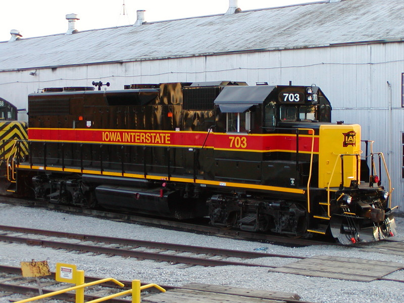 IAIS 703 at Council Bluffs, IA on 13-Nov-2004