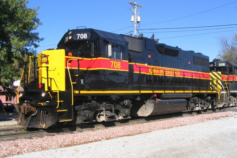 IAIS 708 at Iowa City, IA on 02-Oct-2004