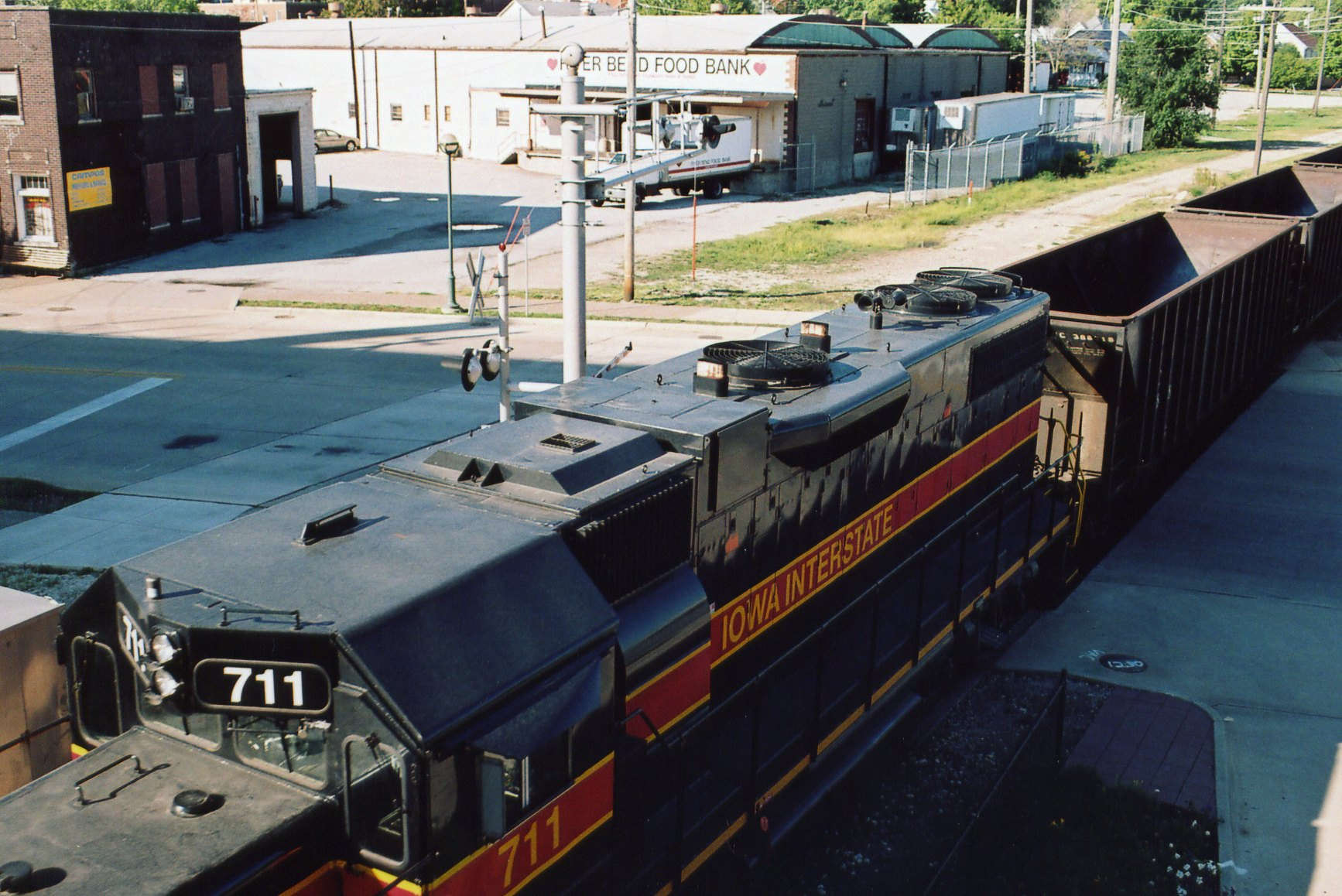 IAIS 711 at Rock Island, IL on 14-Sep-2005