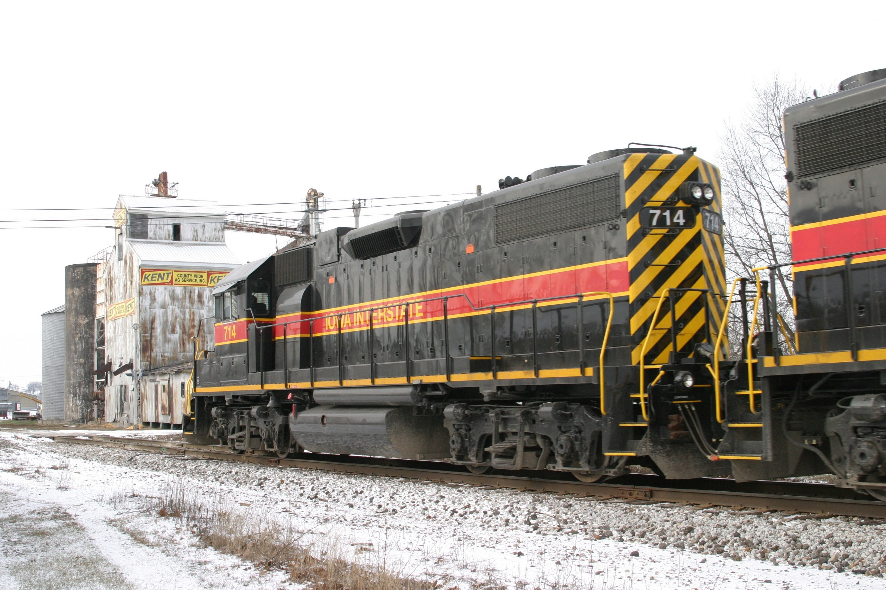 IAIS 714 at Atalissa, IA on 27-Dec-2004