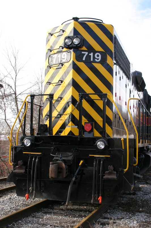 IAIS 719 at Davenport, IA on 31-Dec-2004