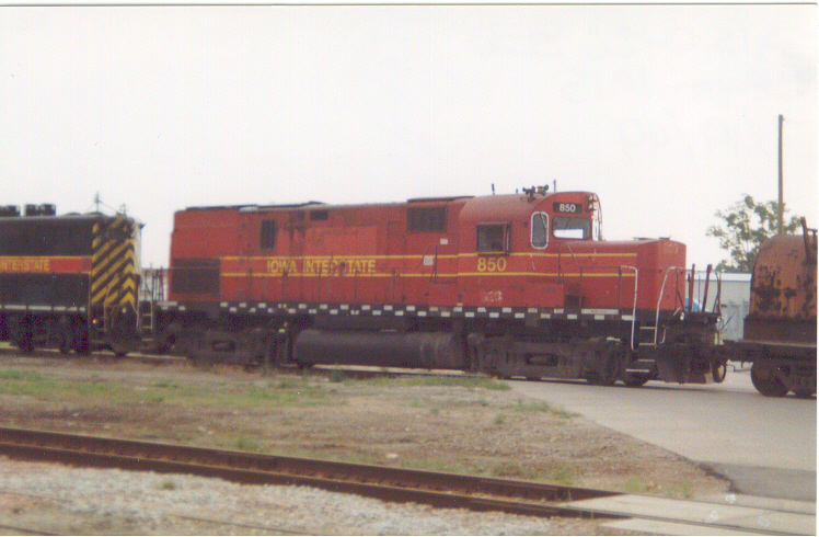 IAIS 850 at Council Bluffs, IA on 19-Jul-1999