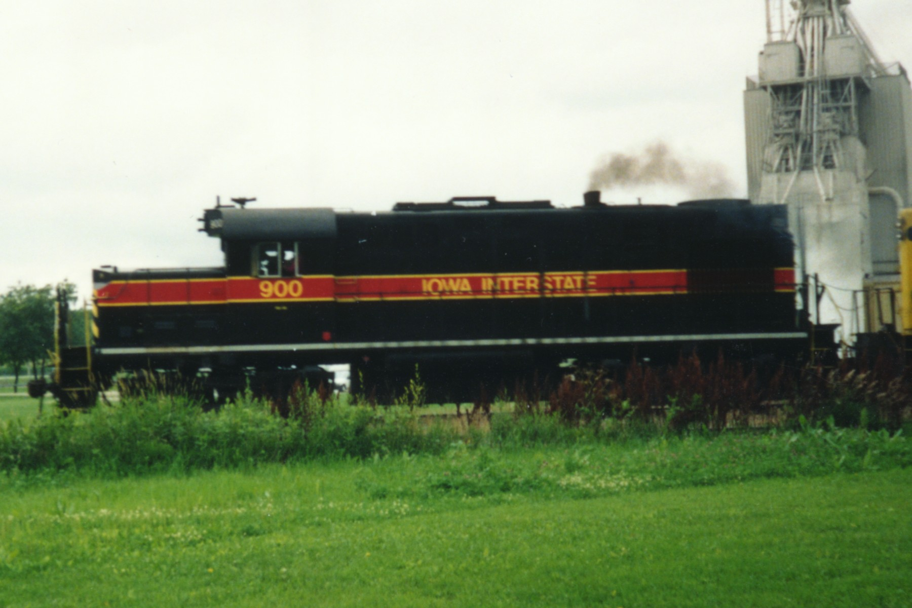 IAIS 900 at Altoona, IA on 01-Jul-1992