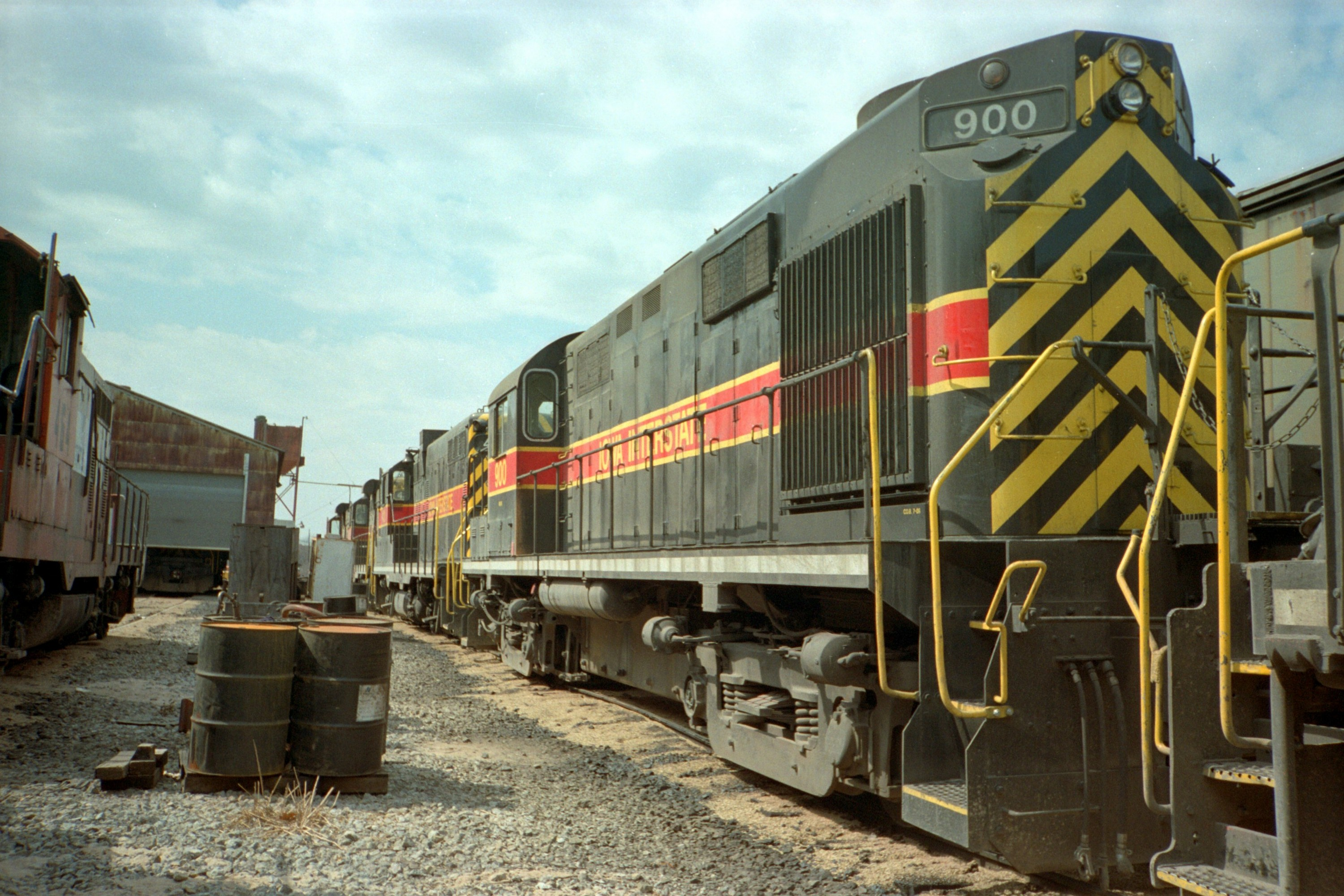 IAIS 900 at Iowa City, IA on 12-Dec-1990