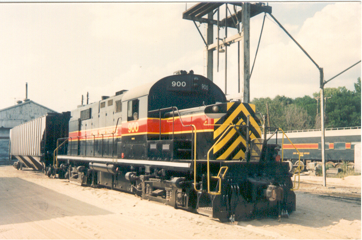 IAIS 900 at Council Bluffs, IA on 12-Dec-1989