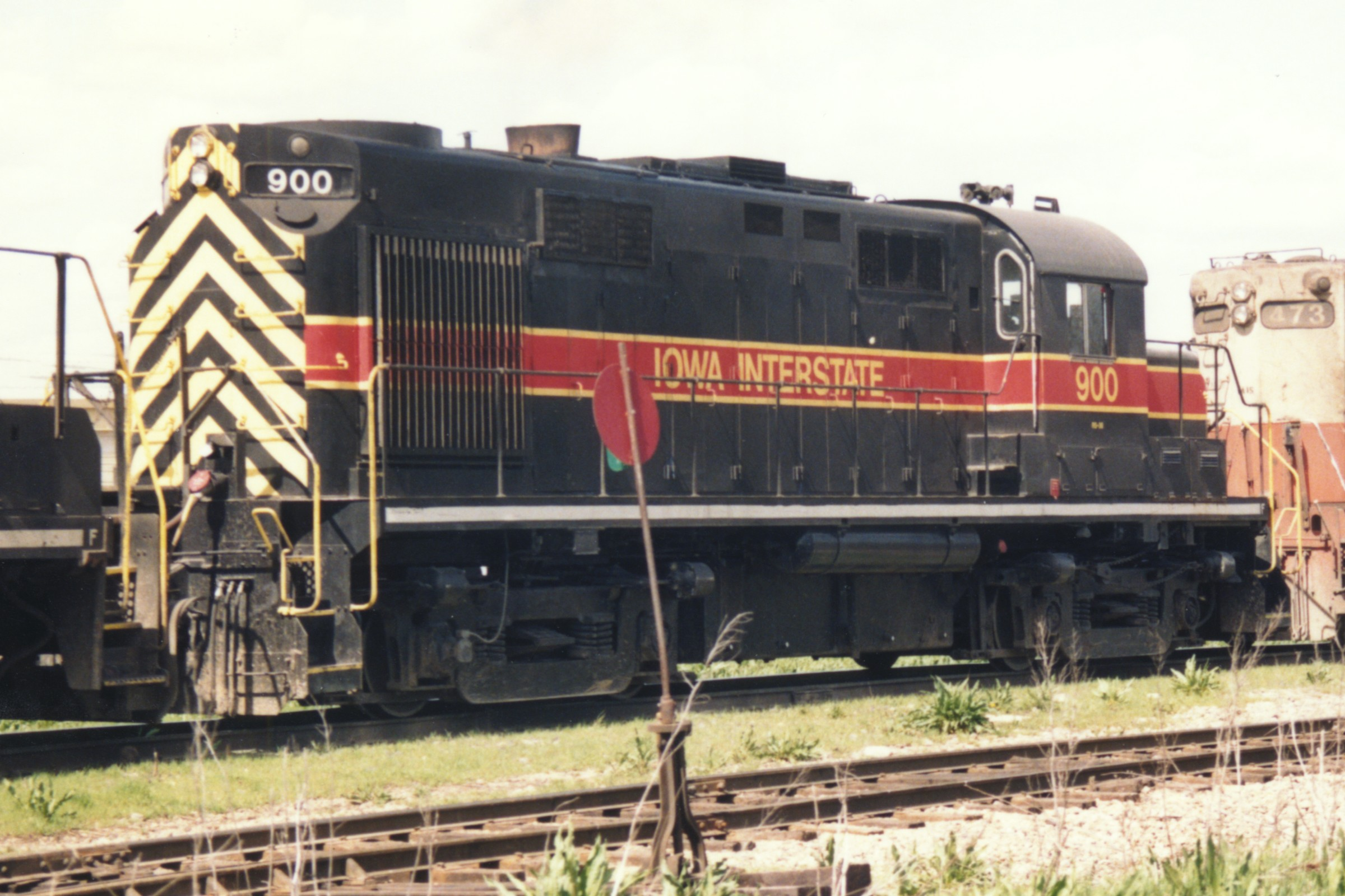 IAIS 900 at Altoona, IA on 01-Apr-1993