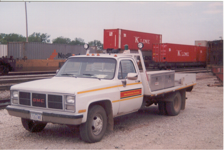 IAIS GMC truck, Council Bluffs, IA, 15-Jul-2000