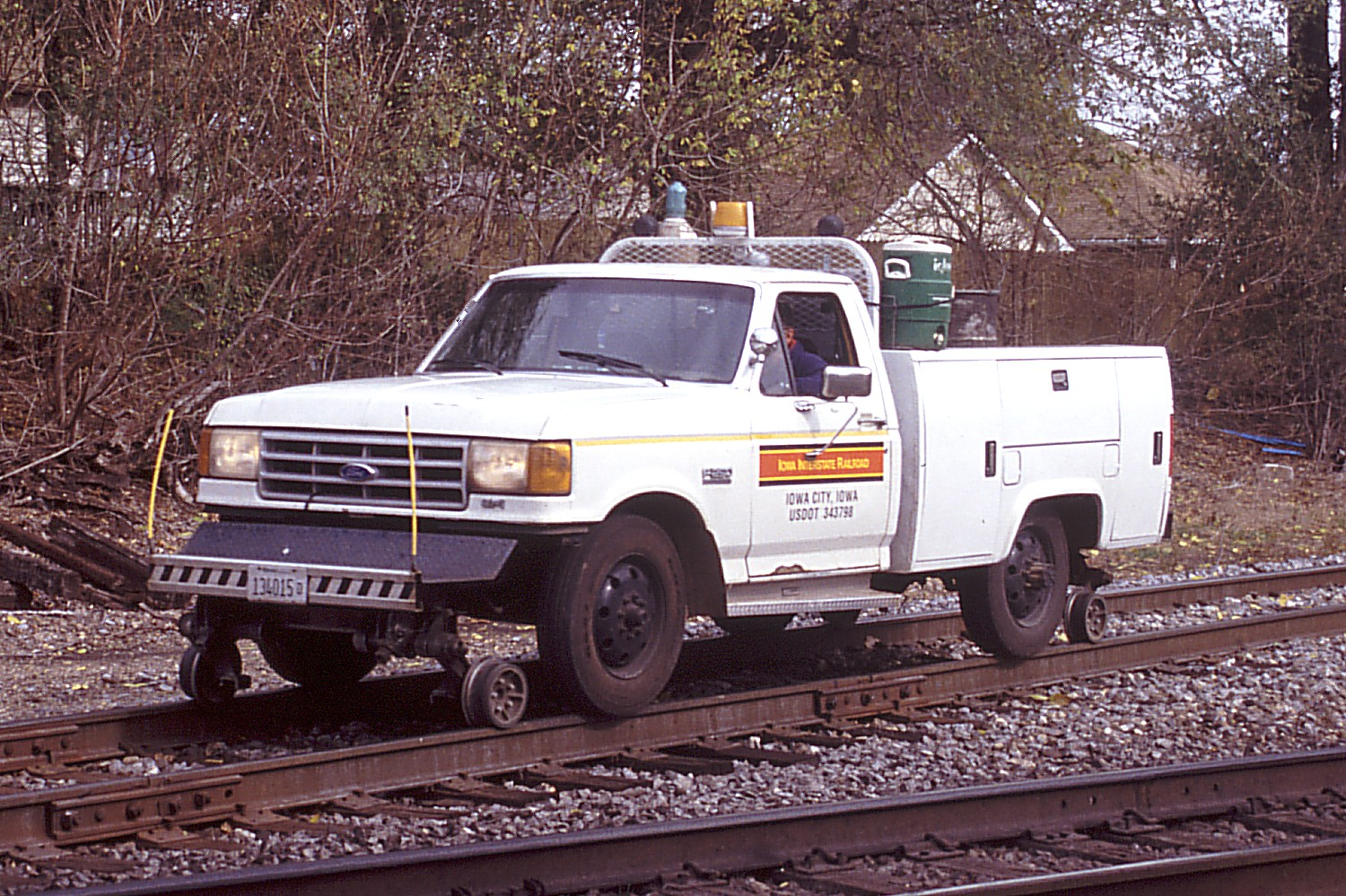 Ford F-250 hi-rail westbound at Colona, IL on 10/25/03.