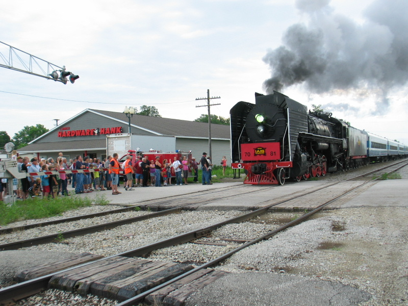 Arrival at Earlham Sat. morning showed this large crowd waiting to board the steam train.