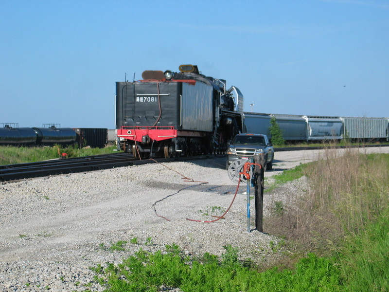 Watering the steam engine at Newton with the new fangled high speed method, June 8, 2007.