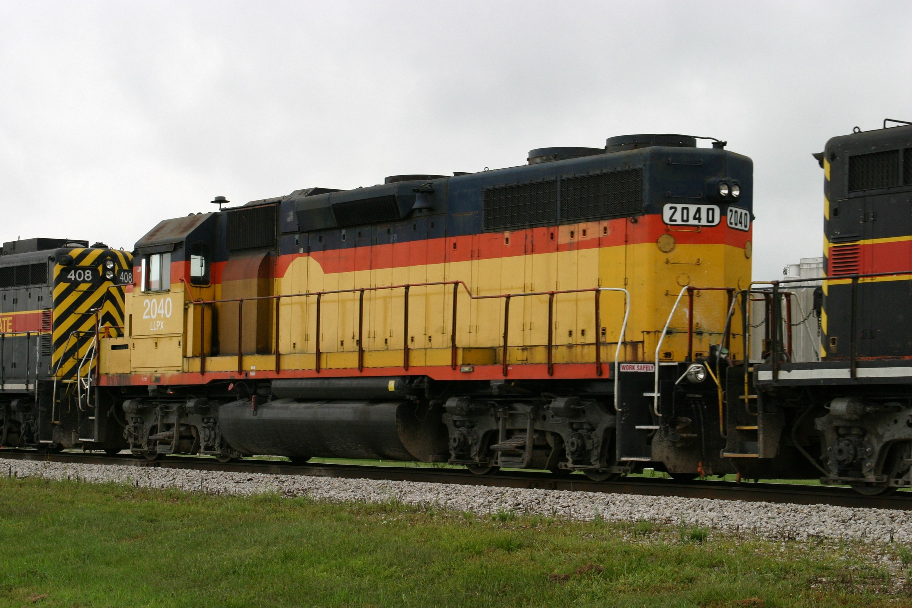 LLPX 2040 at Wilton, IA on 28-Aug-2004