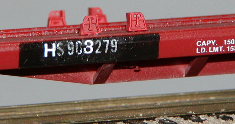 Another view of HS 903279 - HO Scale, based on Accurail model