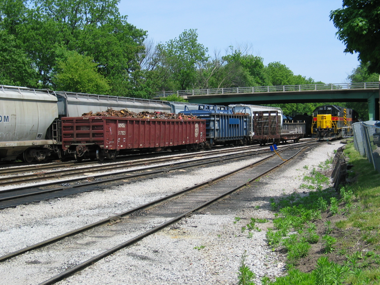 Iowa City yard, May 21, 2007.