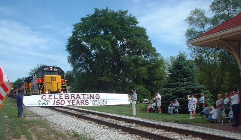 Westbound and banner at Wilton Founder's Day, Aug. 28, 2005, by Connie Brown
