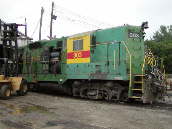 Engineer's side of IAIS 303 after cab side repaint. Council Bluffs, IA, 6/12/2002