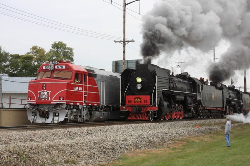 The QJs pass the Hawkeye Express in the spur at Vernon (just west of Iowa City)