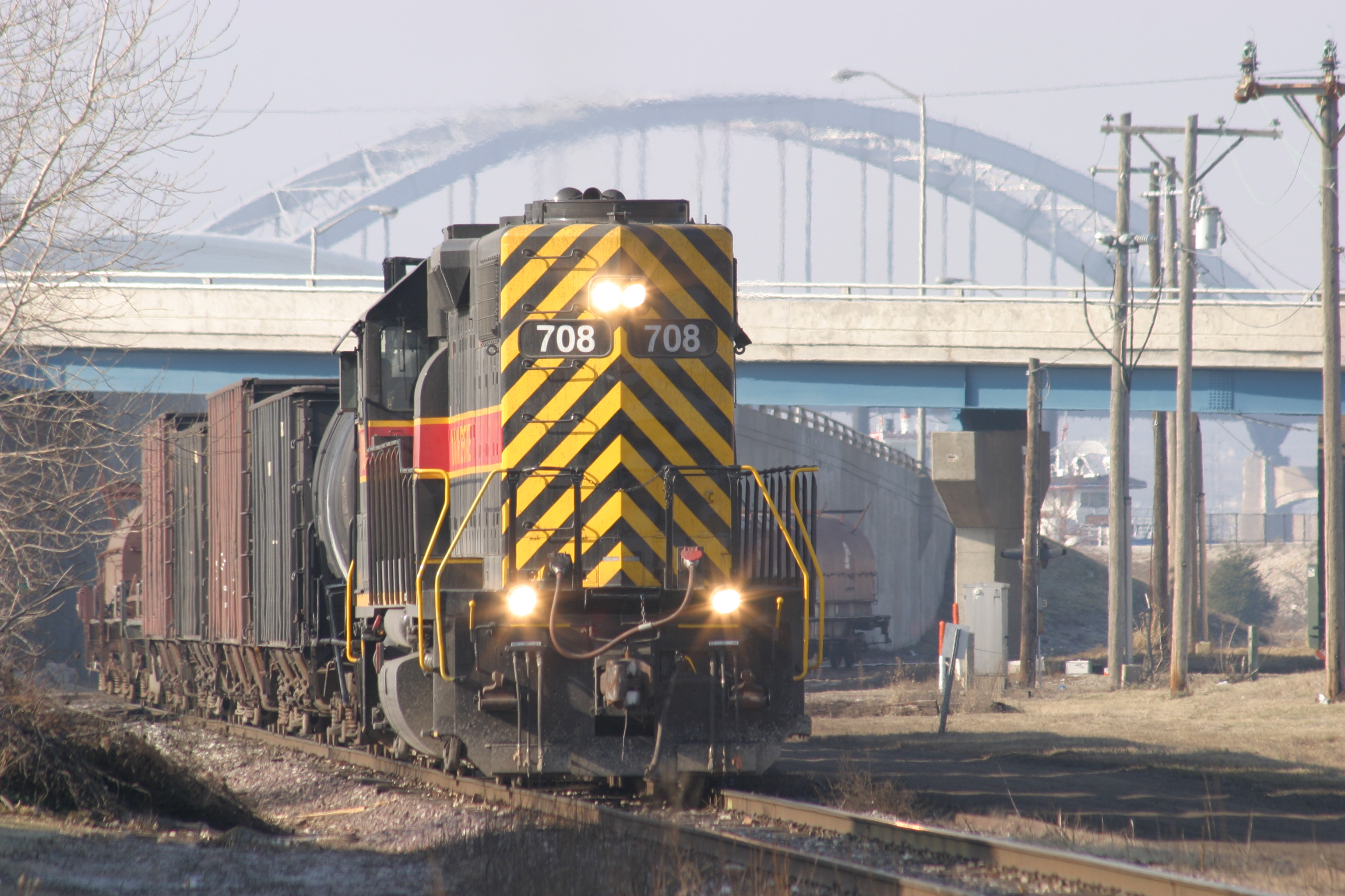 RISW returns to the Rock Island yard with the Centennial Bridge in the background