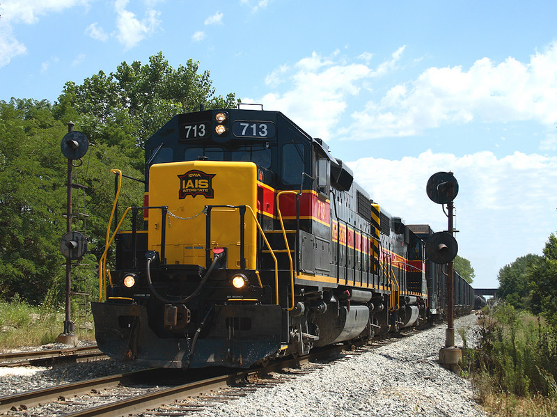 713 pulls a BICB train through some CSXT congestion at Rockdale, Illinois  August 4th, 2006.