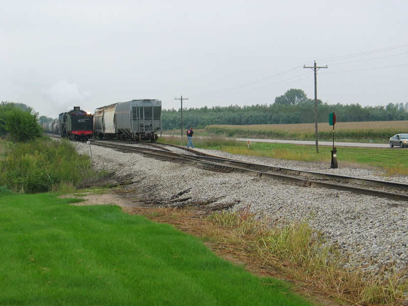 Steamer approaching Twin States east switch, in reverse, Sept. 10, 2006.