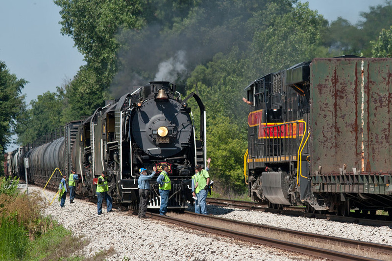 The QJ's hold the main at North Star while BICB-19 passes with the 510.