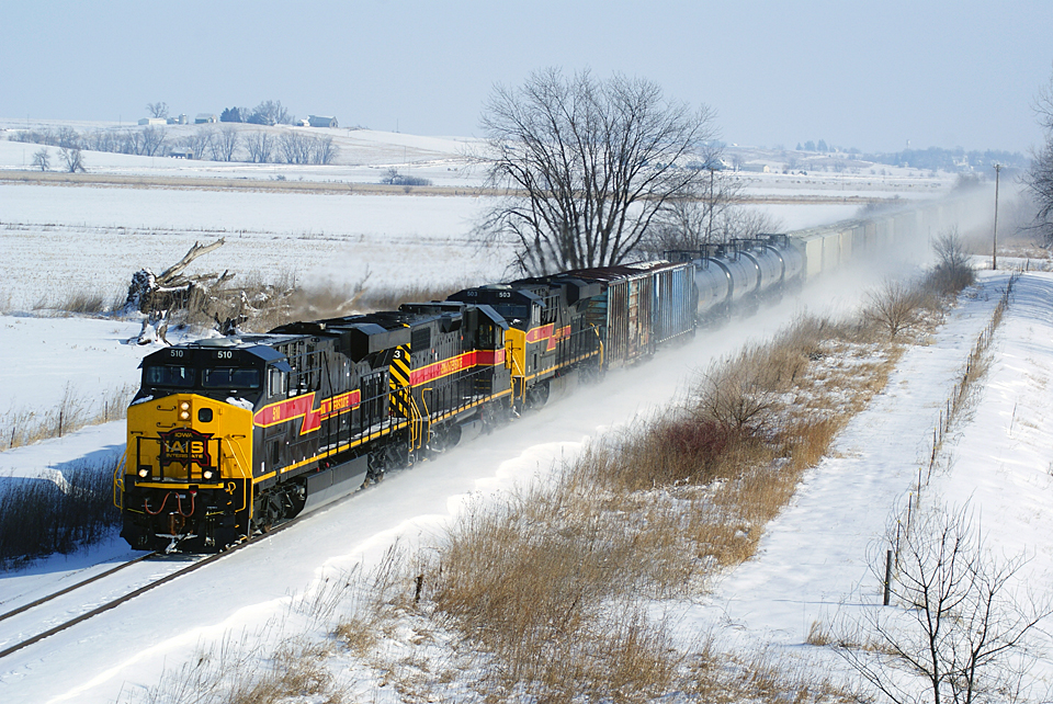 510 takes the lead on the BICB west of Ladore, Iowa.
