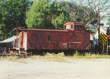 IAIS's one and only caboose, as its original number of 431.  Taken in Blue Island, IL.