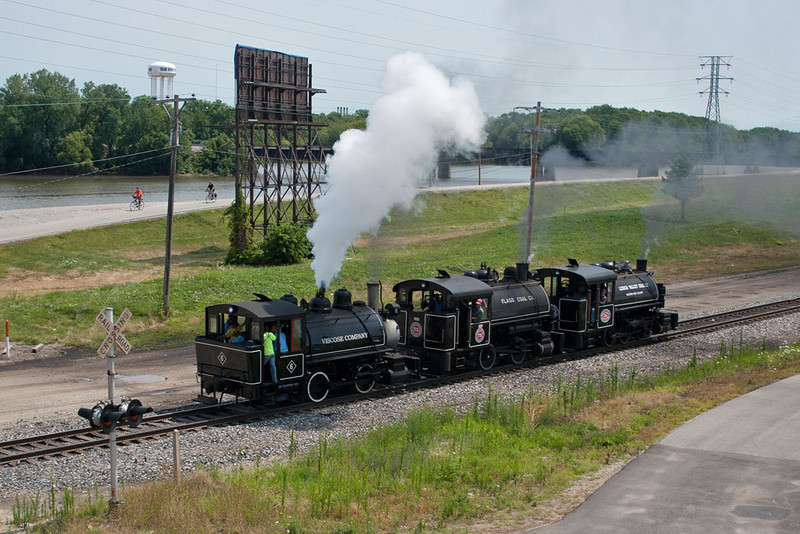The 3 tank engines joined forces for a quick run to the west end of RI yard and back.  24th Street; Rock Island, IL