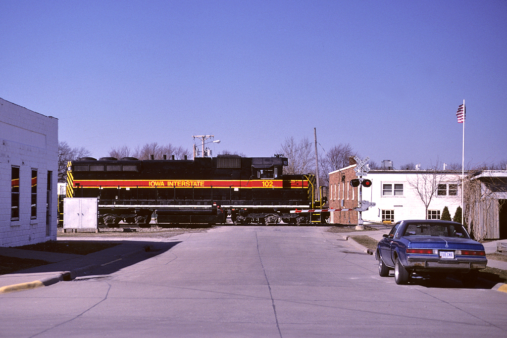 102 heads east at Walcott, Iowa March,23 1999