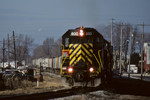 CBBI snakes through East Moline led by the #600, 12/27/01.
