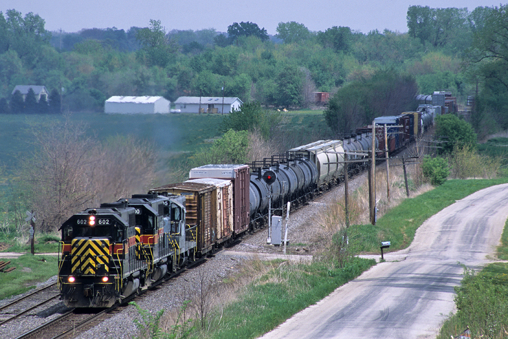#602 leads a detouring CBBI train on the BNSF Barstow Subdivision. Photo is at Briar Bluff, Illinois 05/10/03.