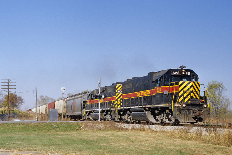 #628 East at Carbon Cliff, Illinois October 27, 1999.