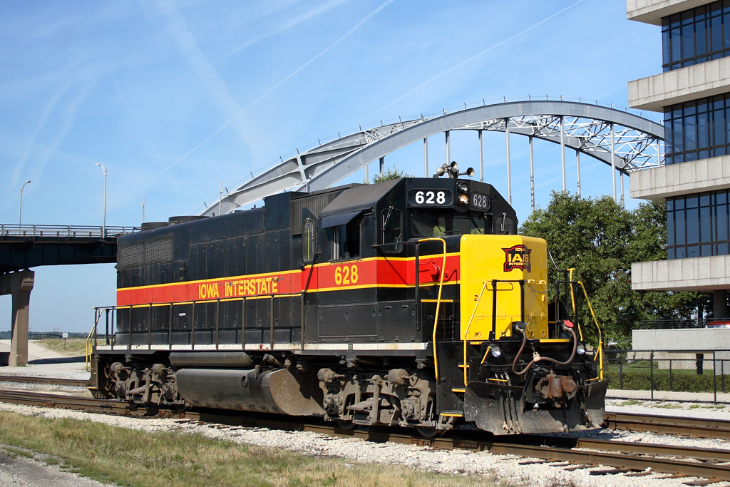 #628 poses at BNSF's Lower Yard in Rock Island, Illinois, 09/18/08.