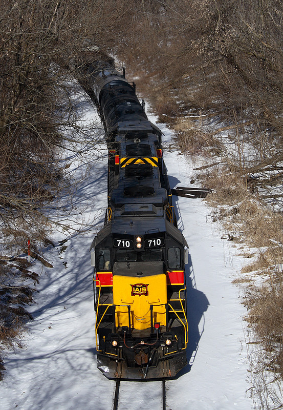 710 brings CBBI down the hill at Davenport, Iowa  February 4th, 2007.
