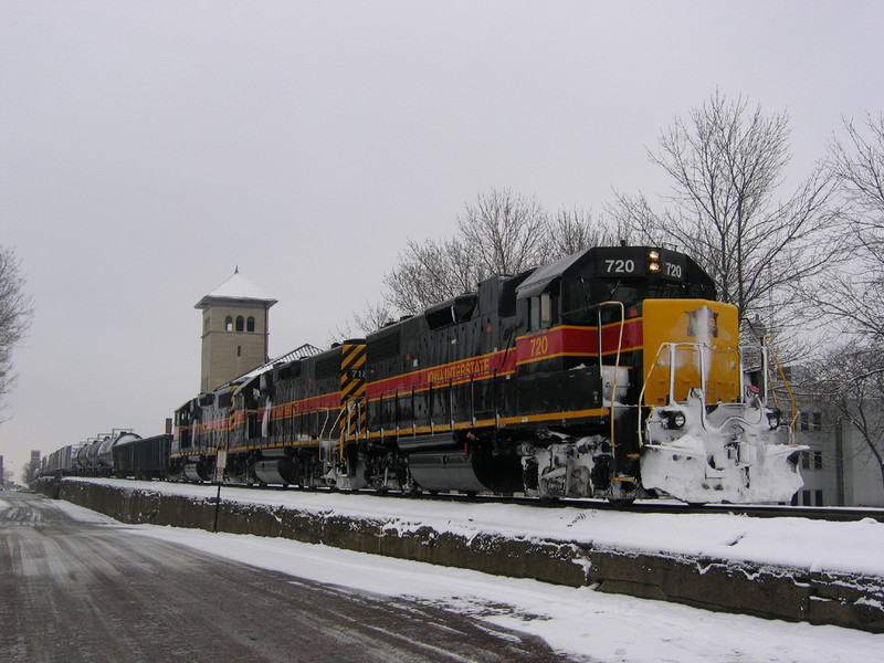 The BICB with 720 waits for a crew at Davenport, Iowa January 21st, 2006. Looks like 720 spent the previous evening bucking snow drifts across Illinois.