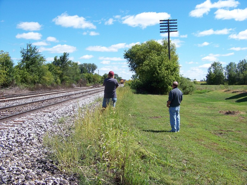 Barry Anderson(left) and Frank Grizel(right) photographing the westbound at Marengo.