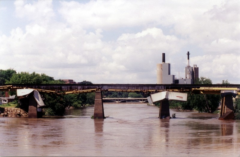 June 1998 wind storm, Iowa City.