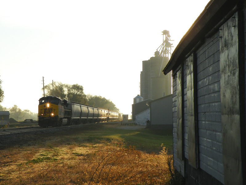 Post sunrise, the 512 west is dodging huge grain elevator shadows with a new warrant from Atkinson to Colona. 10-25-10