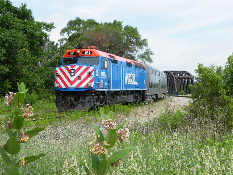 A Metra's annual Managers special heads through Blue Island Jct on the IHB/IAIS connection. This year's special took the IHB, IAIS, Metra Rock, and CSX New Rock Subs!
