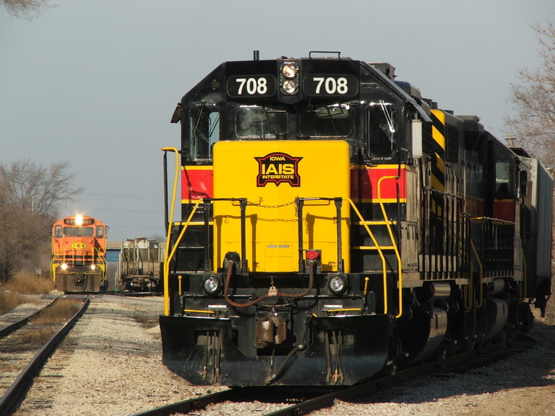 The TZPR crew builds air on the coal train while the Iowa Geeps cool their heals.