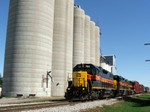 Iowa 704, 714, and 709 stroll through the sleepy town of Walcott, IA with BICB. 10-08-05