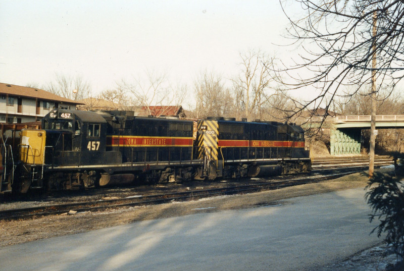 Engines 457 and 600 at Iowa City, April 1990