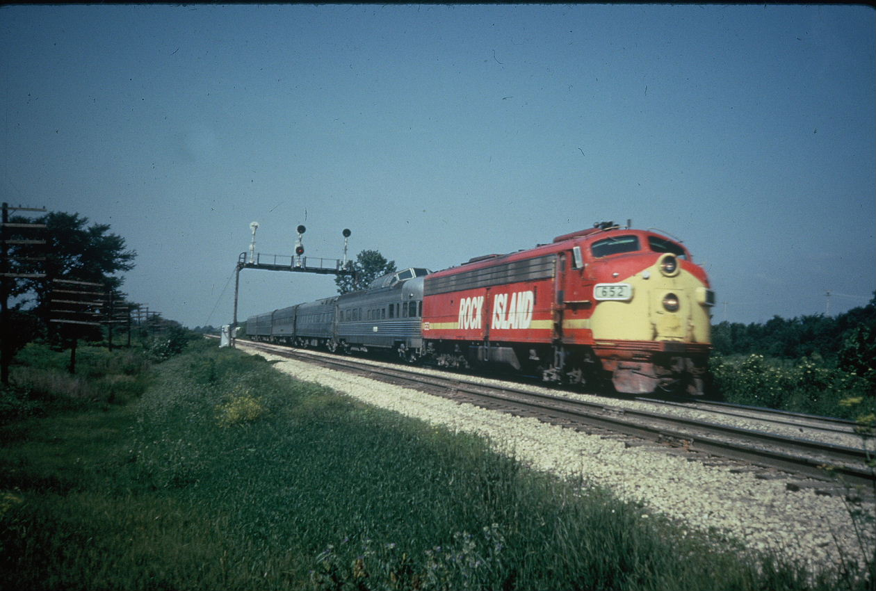 Quad City Rocket in Ill., no date, location or credit; I wonder if it's looking west at Houbolt Road by Rockdale?