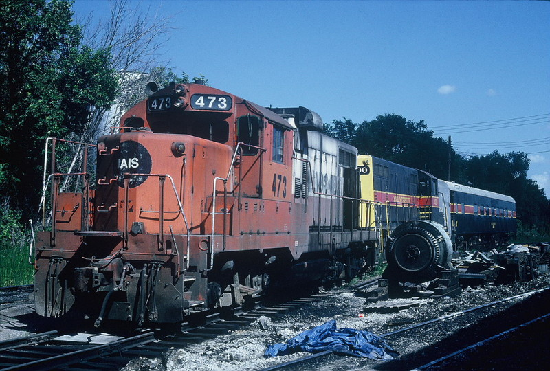 473, 400 and one of the Pathfinder cars at Bluffs, 7-18-90, Rik Anderson photo.