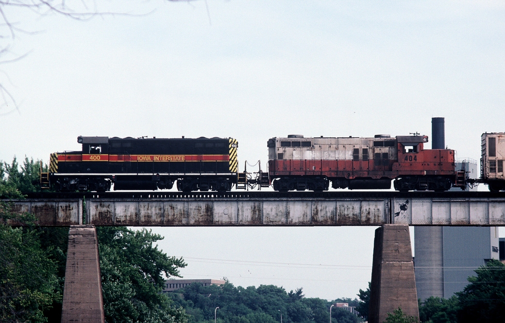 400 and 404 bead the BICB across the Iowa River in Iowa City. Sept-1992.