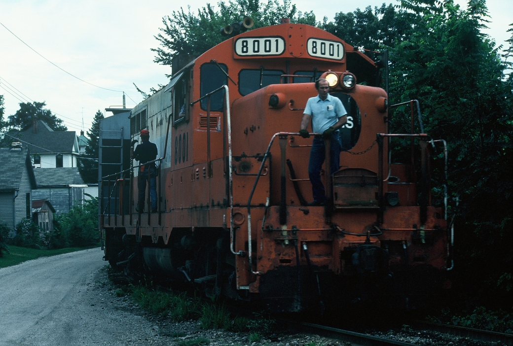 8001 pulls the hill track in Iowa City. Aug-85
